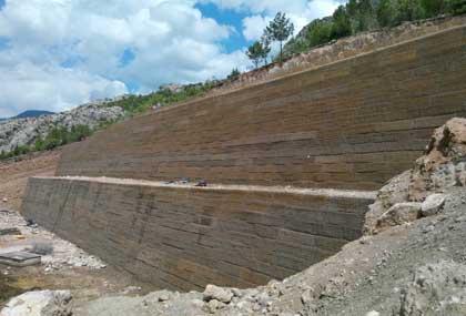 Yeşil Terramesh İstinat Duvarı Tamamlanmış Hali